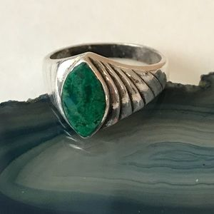 Green turquoise and 925 silver ring